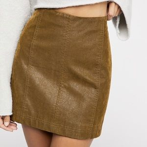 Free People Modern Femme Faux Suede Skirt S4 Khaki